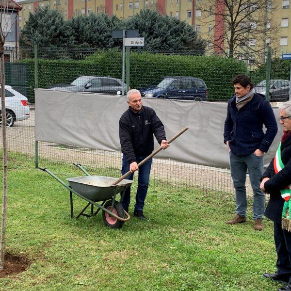 Dedicato a Marco Pellegrini il centro sportivo di viale 25 Aprile